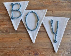 blue bead wire letter / blau perlen draht buchstabe