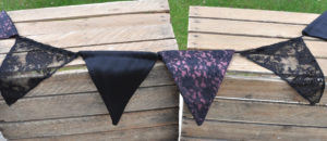 girlande schwarz satin spitze rosa / bunting black satin lace pink