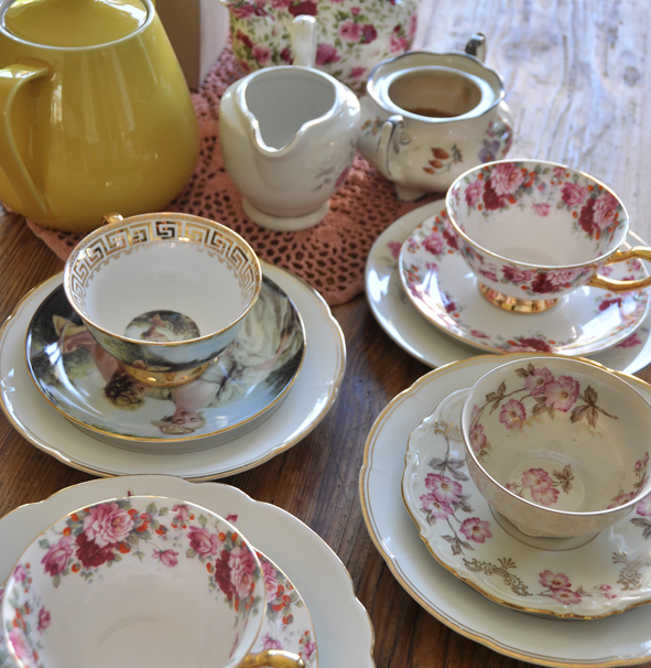 crockery hire berlin. Zebra Rose. mismatched bone china cups, saucers and cake plates.