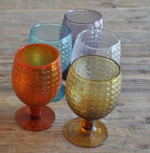 Gläser, Farbige Kelchen, Berlin, glasses, coloured goblets
