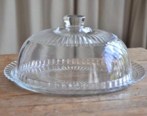 glass cake dome / glas Kuchenglocke, berlin, dekoverleih decor hire Zebra Rose