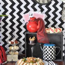 Dekoverleih Berlin Mad Hatter Themen-Deko Mottoparty theme decor party hire